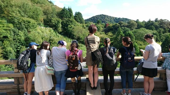 gazing at Kiyomizu.